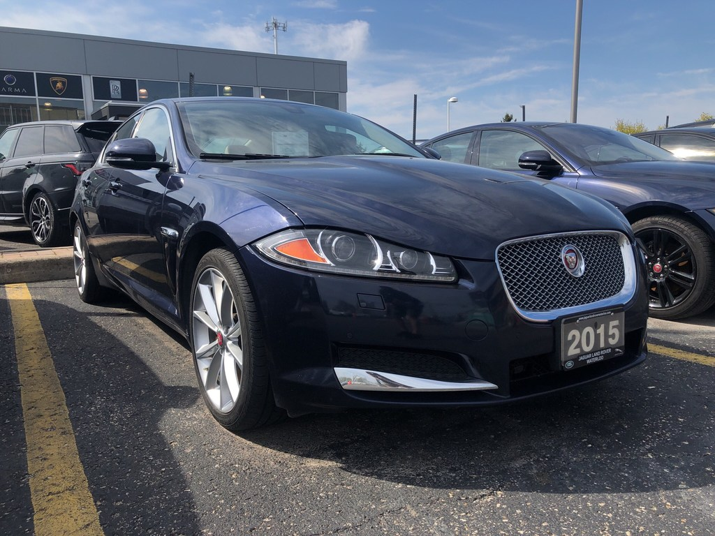 Pre-Owned 2015 Jaguar XF LUXURY,ACCIDENT FREE,NAV