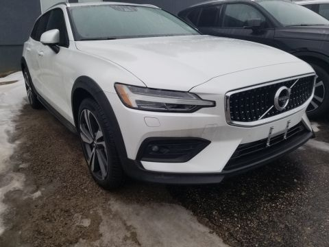 2019 Volvo V60 Cross Country T5 CROSS COUNTRY,PILOT ASSIST