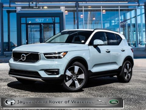Pre-Owned 2019 Volvo XC40 DEMO,MOMENTUM,PANORAMIC ROOF